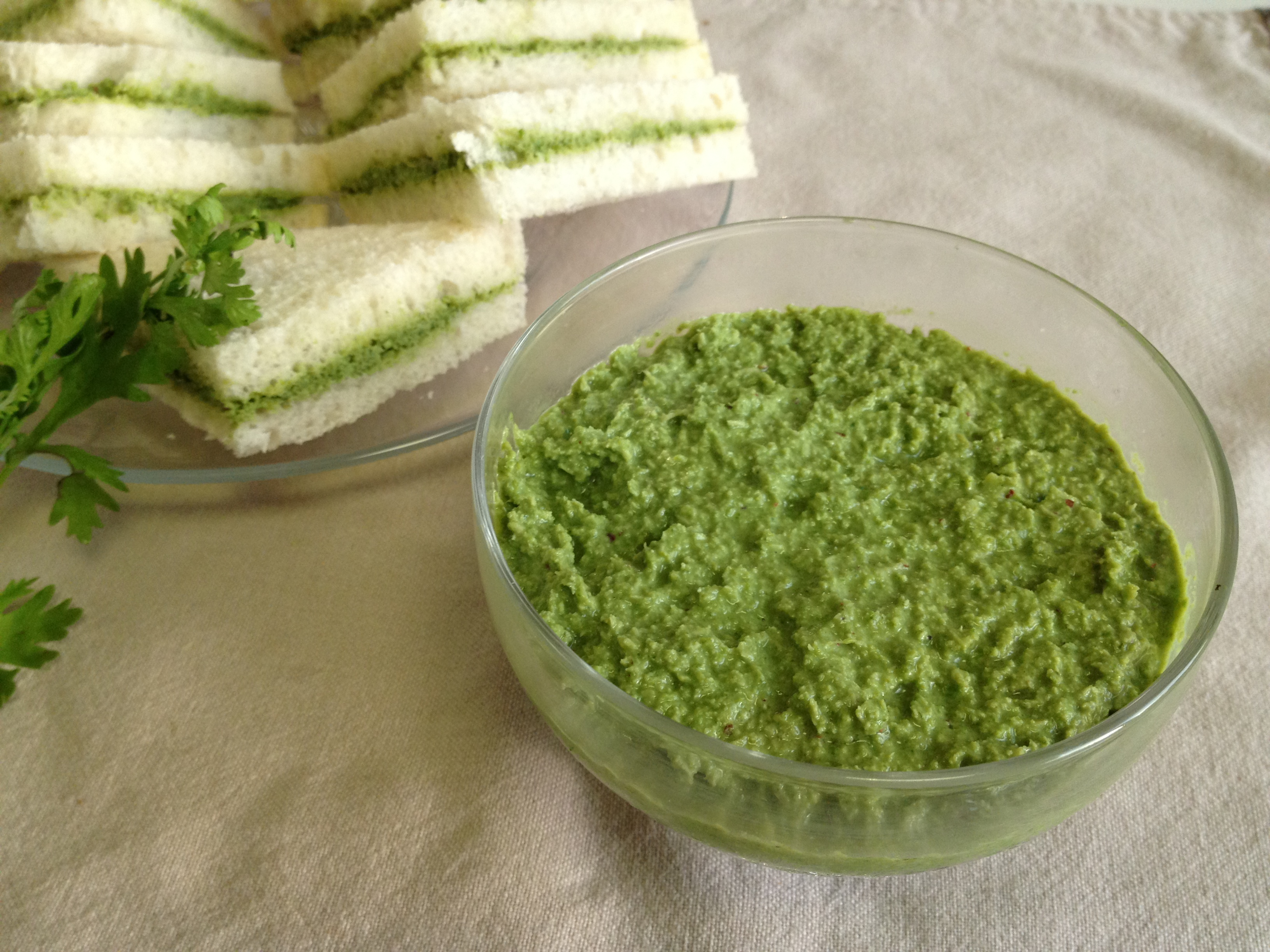 how to make green chutney for sandwich