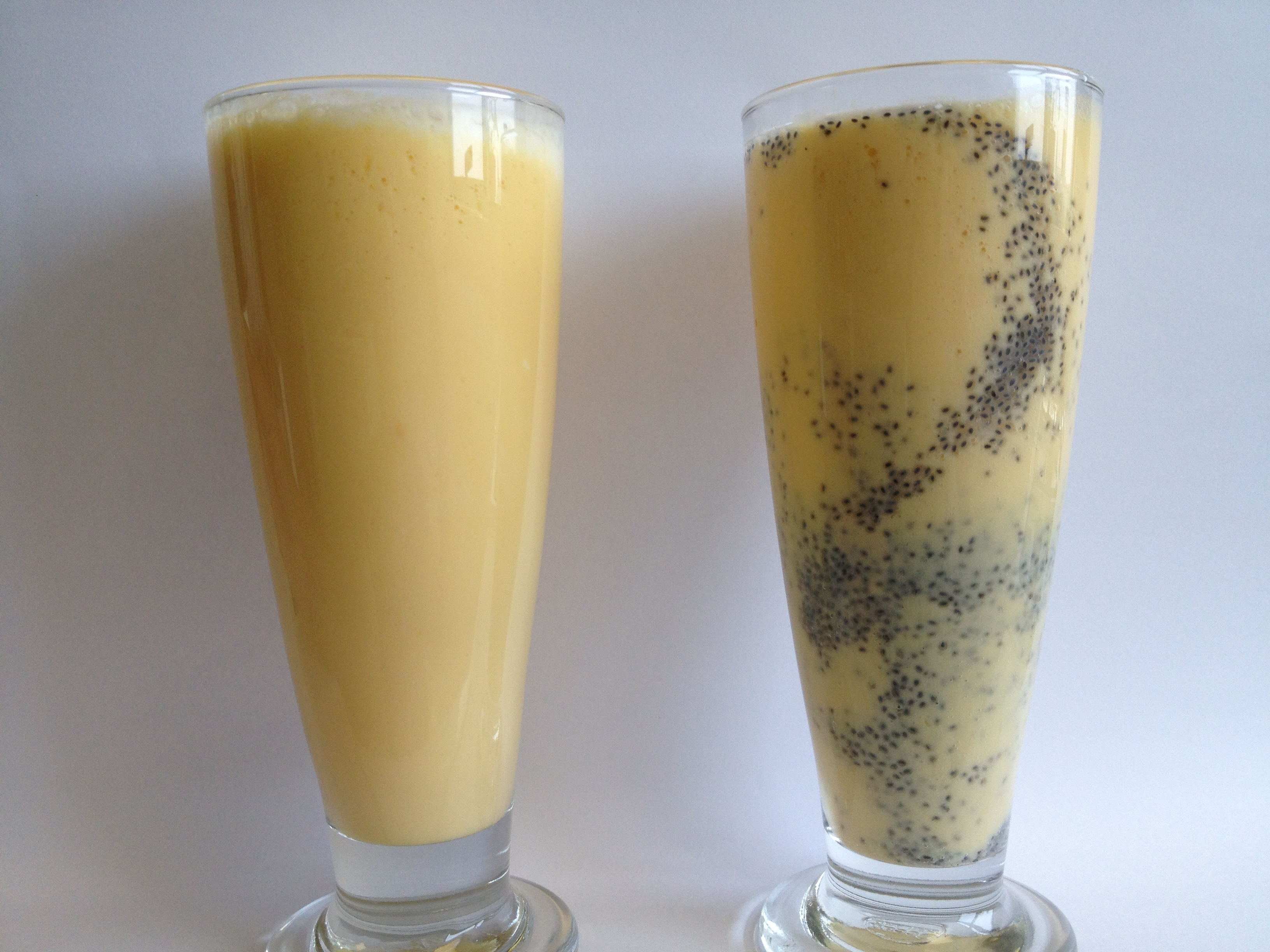 Mango Lassi (Mango Yogurt Drink)