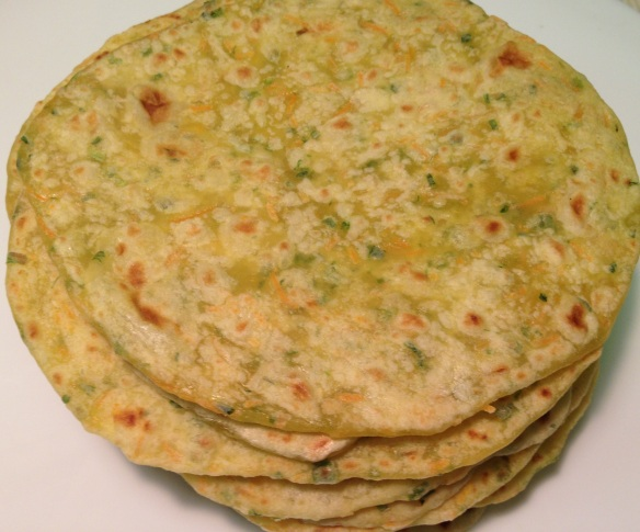 Spring Onion & Carrot Chapathi