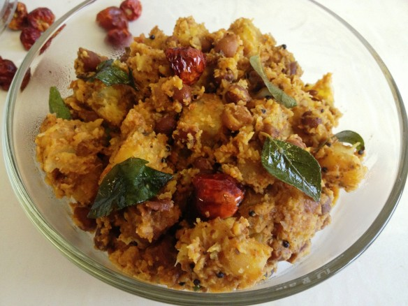 Kootu Curry (Mix of Black Chickpeas, Yam & Plantain)