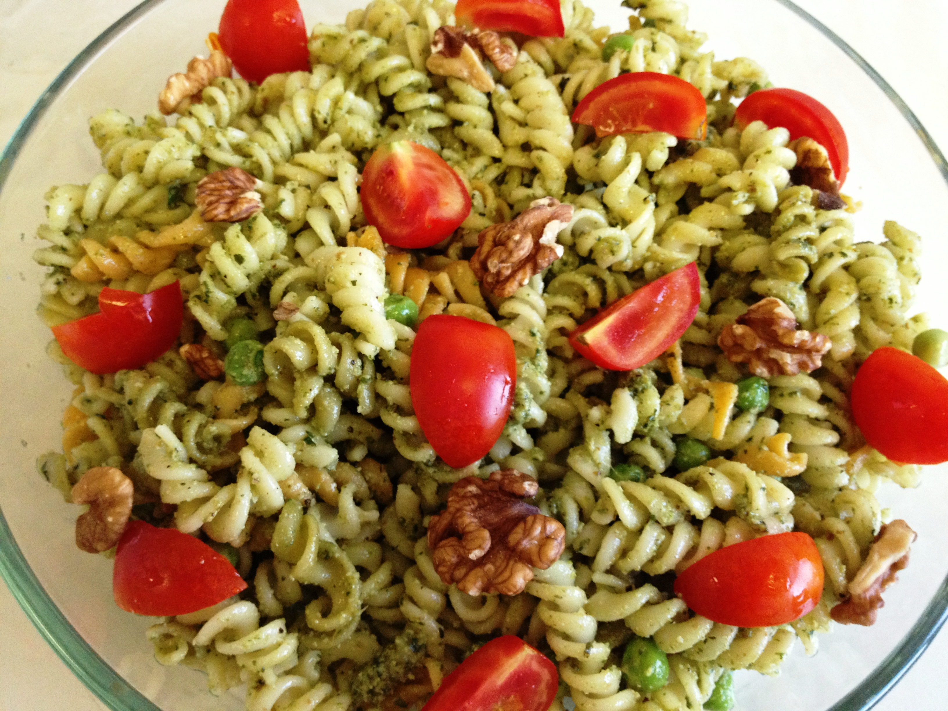 Walnut Pesto Pasta Salad | easy cooking n' baking