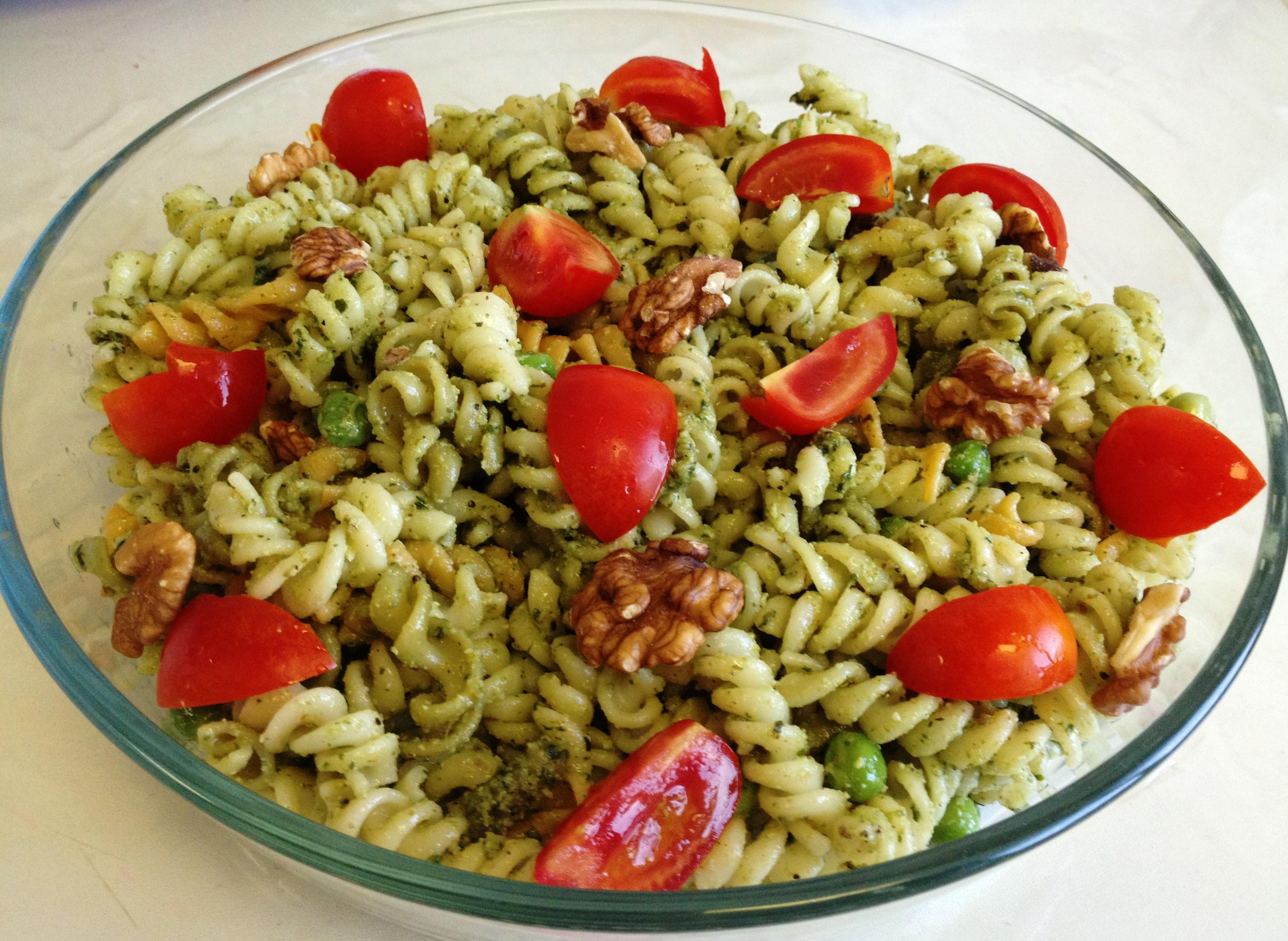 Walnut Pesto Pasta Salad | easy cooking n' baking