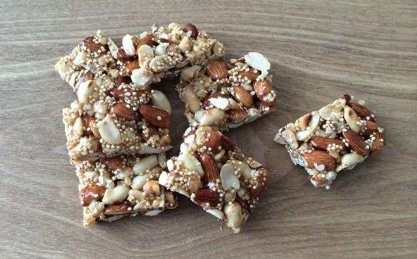 Almond peanuts quinoa Energy Bars