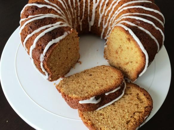 Orange Bundt cake 1