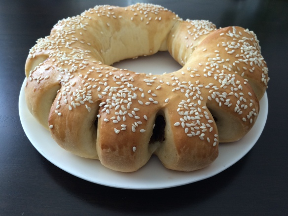 Date bread ring 3