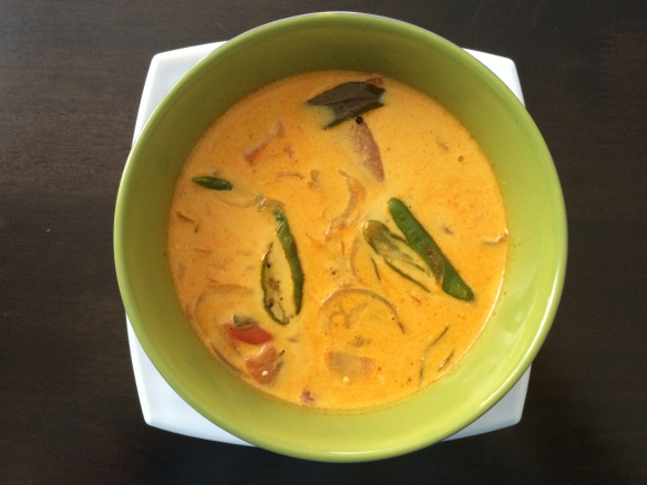 Thakali Thengapal curry